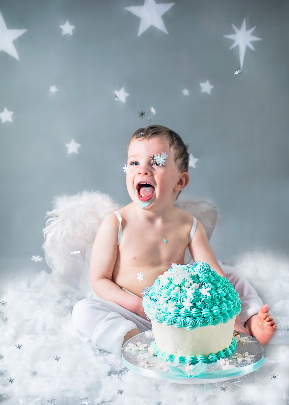 Stars and Snow Themed Cake Smash-Fairy Nuff Photography