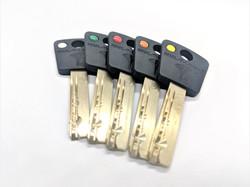 Mul-T-Lock zárbetét