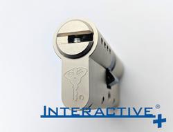 interactive zárbetét