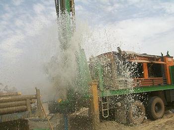 Oeuvre creusage puits Afrique 3