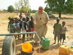 oeuvre creusage puits Afrique 2