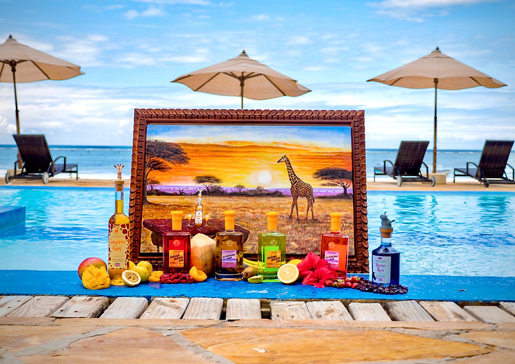 Group image displaying all of our Serengeti products against a pool background.