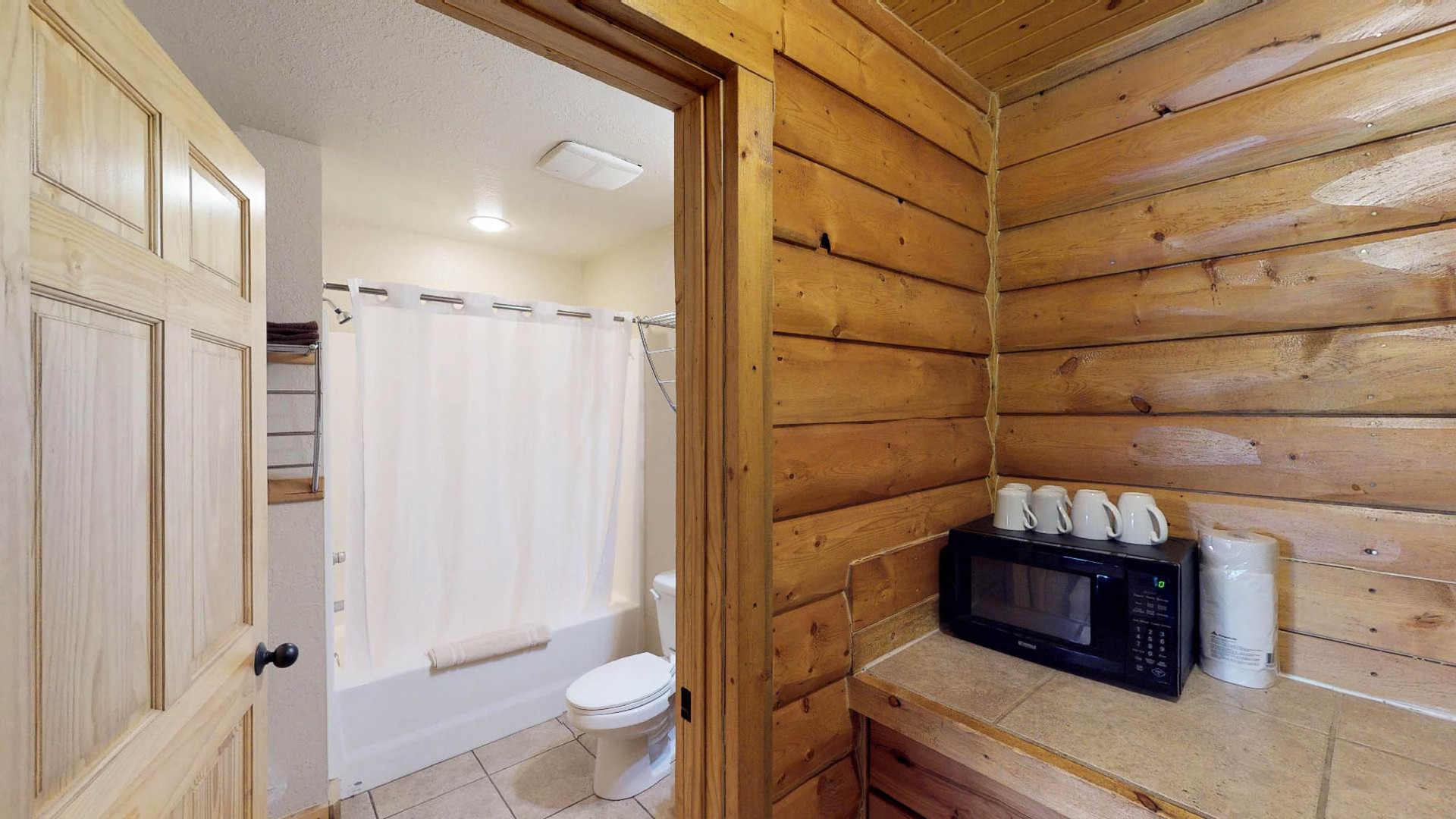 Lodge #105-5.jpg