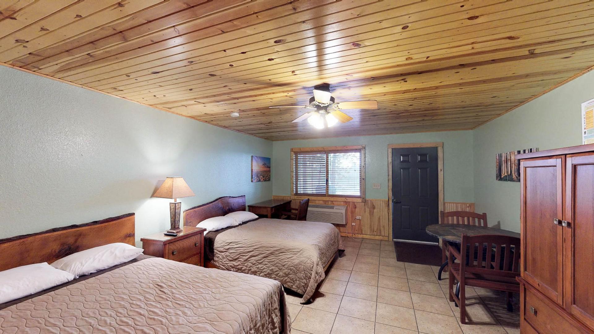 Lodge #104-1.jpg