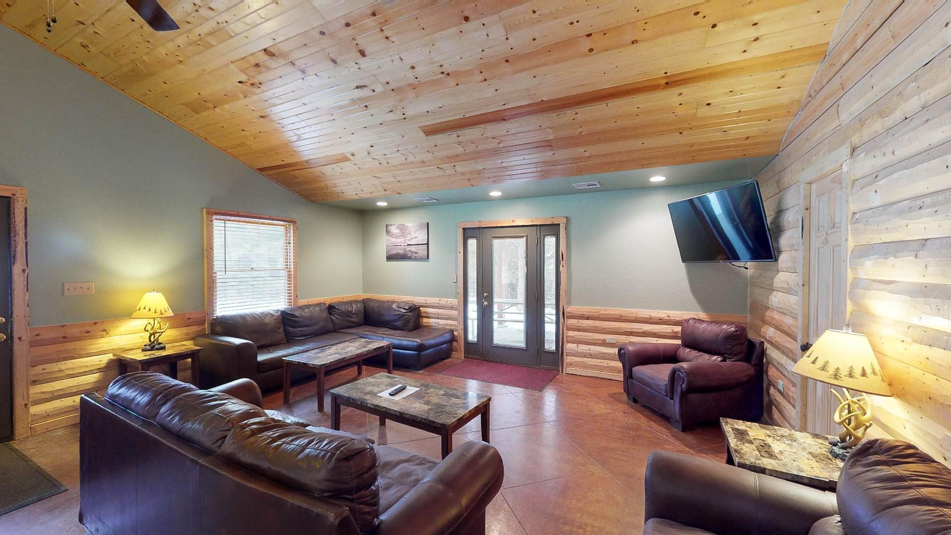 Cabin #18-8.jpg