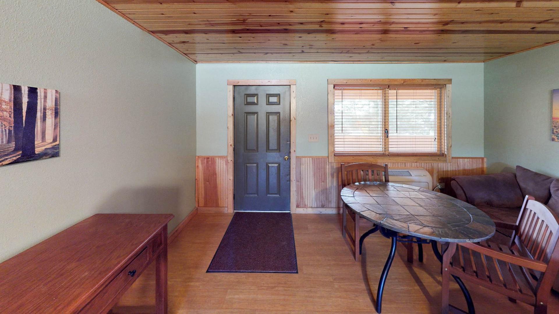 Lodge #205-1.jpg