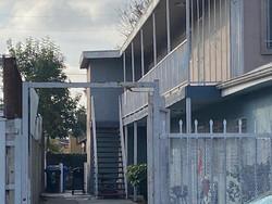 20 W 73rd St, Los Angeles, CA 90003