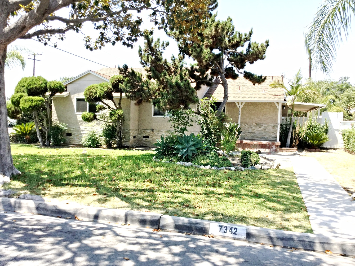 7342 GLENNCLIFF DR., DOWNEY