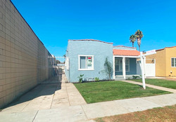 8989 State St South Gate