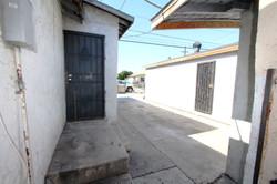 7401 Whitsett Ave, Los Angeles