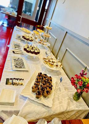 dessert table pic1.jpg