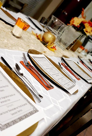 pic dining table.JPG