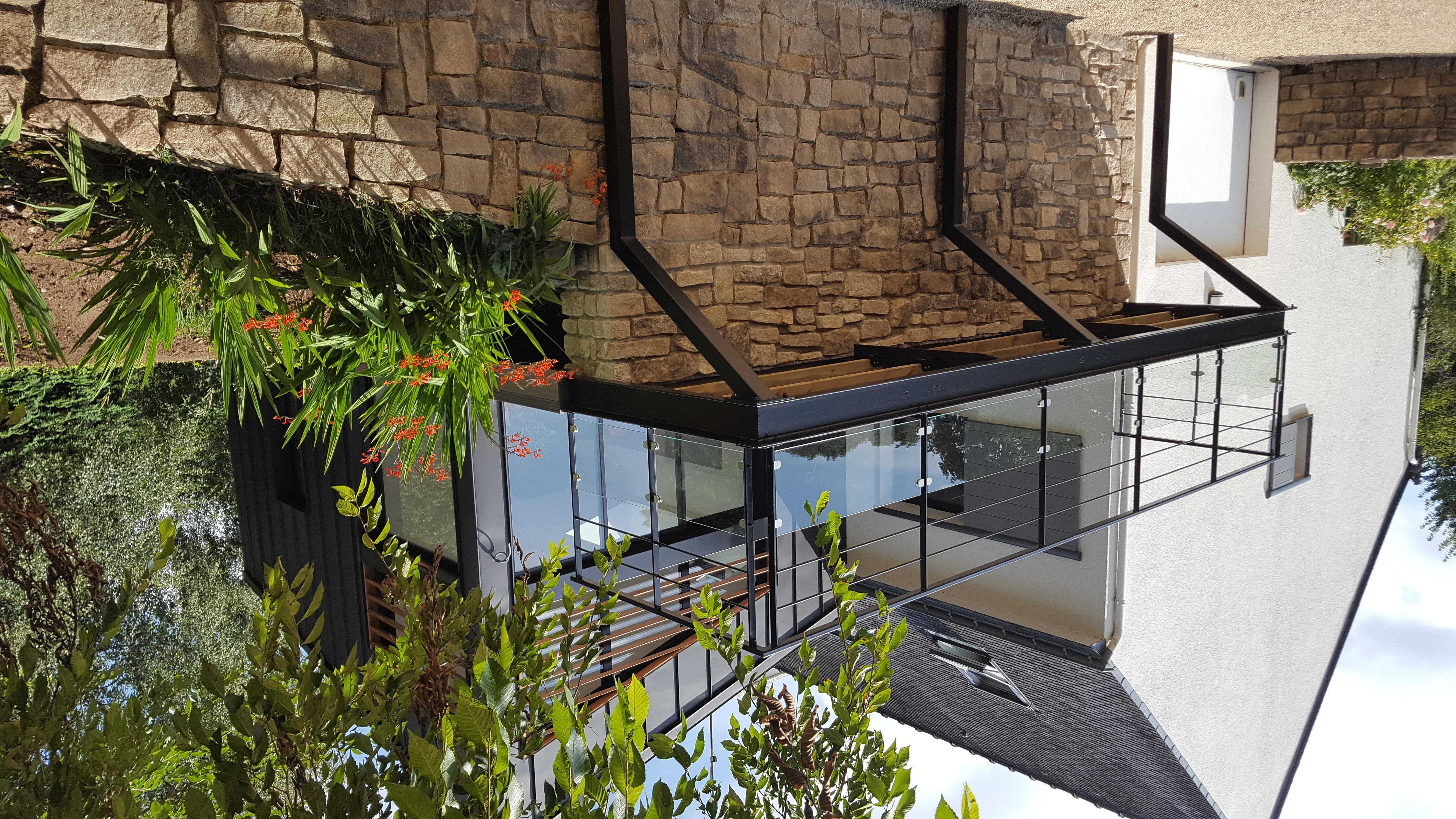 Extension zinc terrasse pilotis