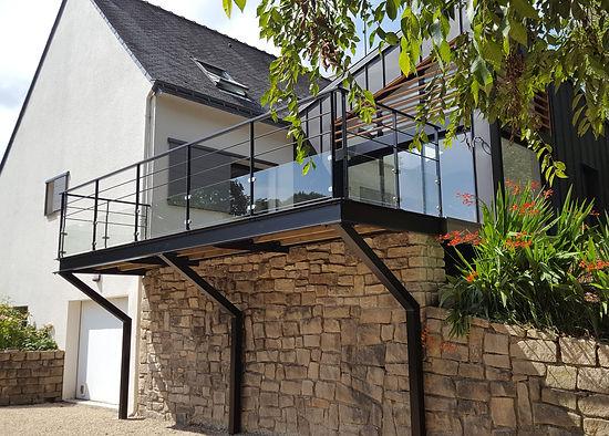 extension bois et zin terrasse sur pilotis