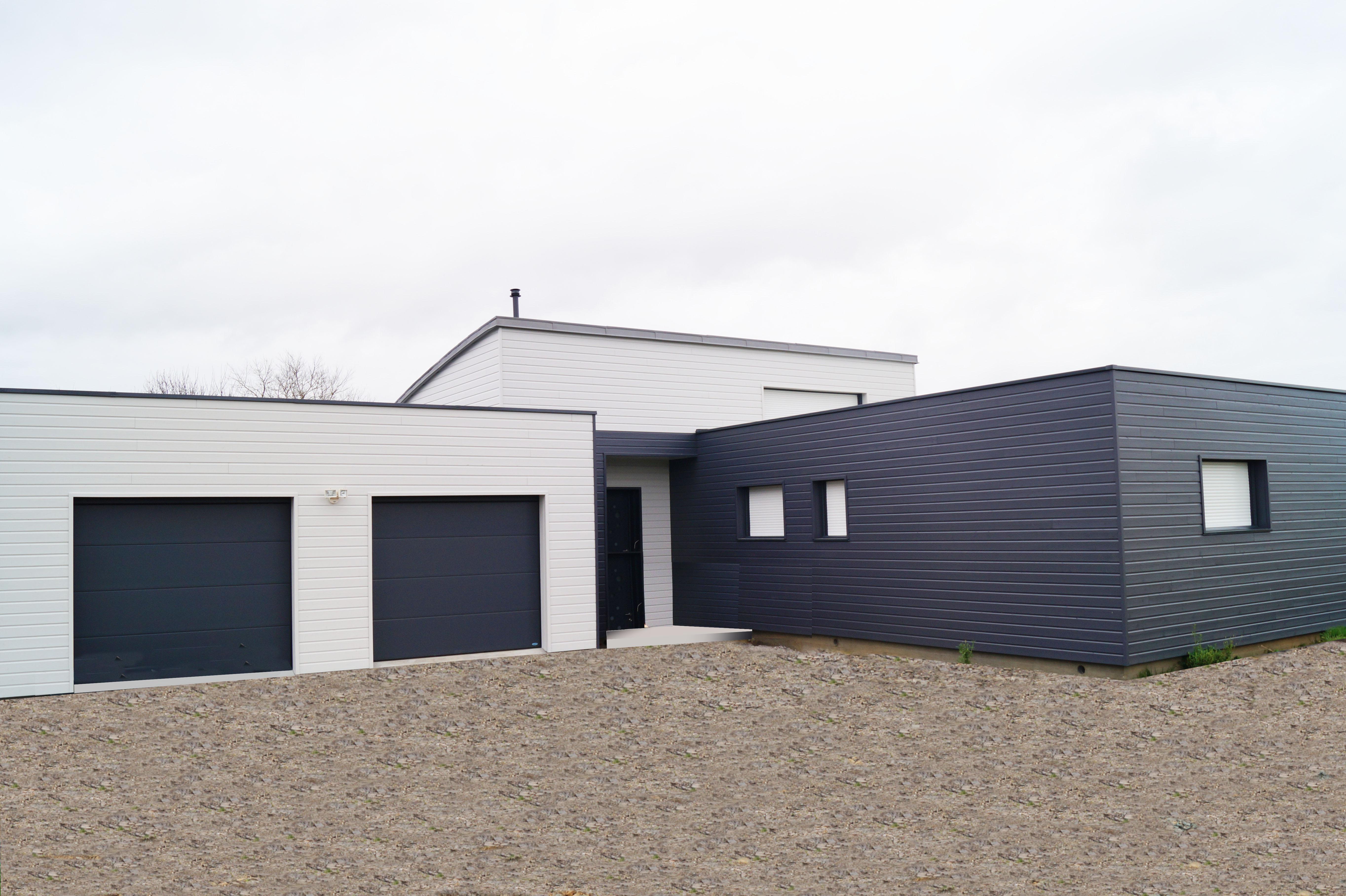 Maison plain pied en bois toit plat