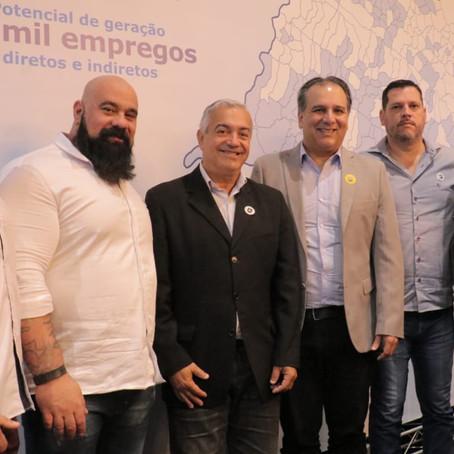 Luiz Maurício anuncia investimentos de R$ 430 milhões em coleta e tratamento de esgoto em Peruíbe