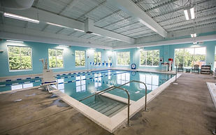 Carillon Wellness - Westlake Pool.jpg
