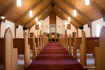 Oak Grove Baptist Interior.jpg