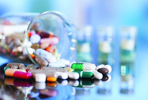 صناعة-الدواء.jpg