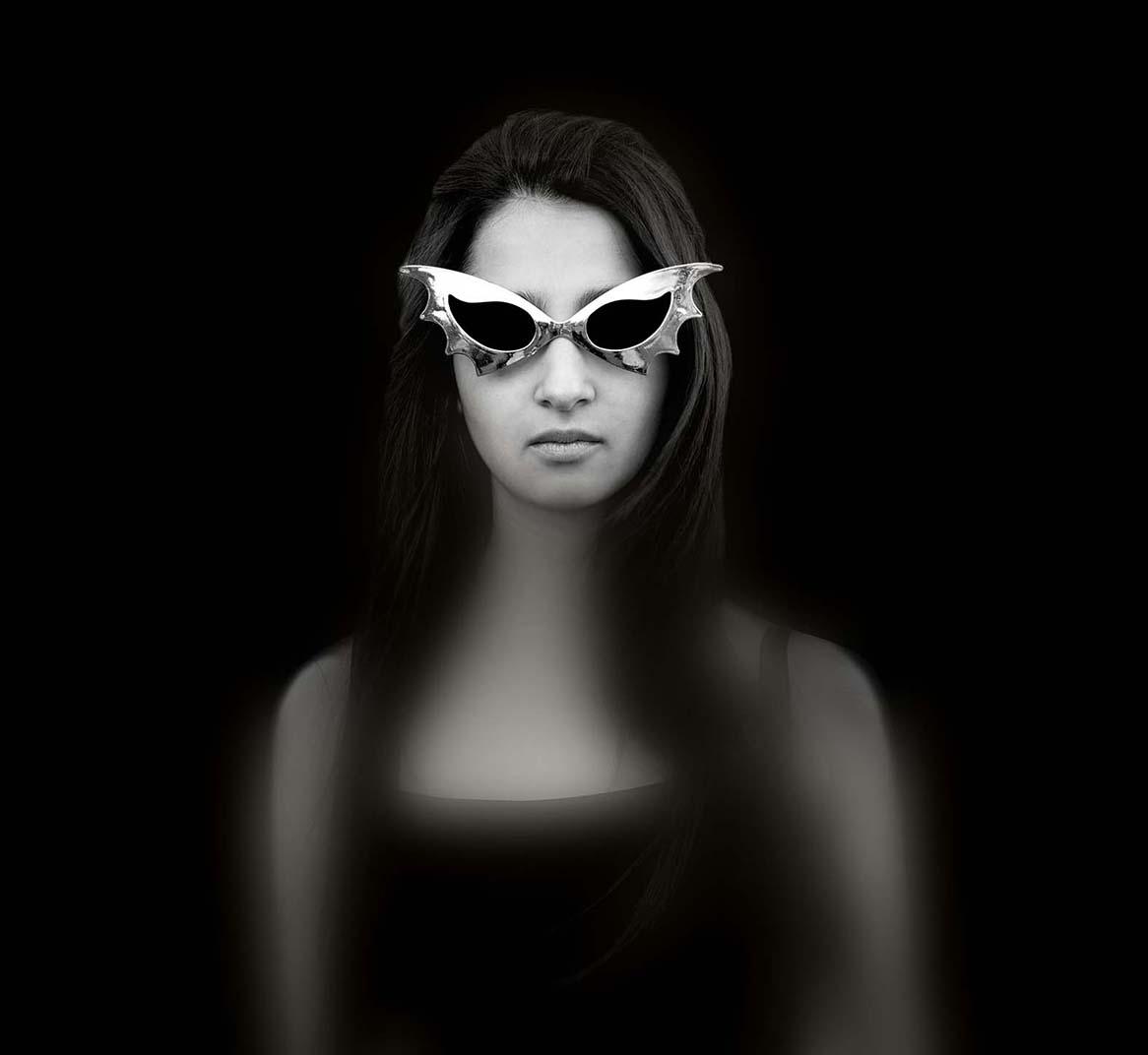 """""""Nadia con anteojos"""""""
