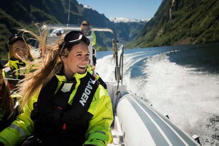 Fjordsafari sommer for Flåm Guideservice