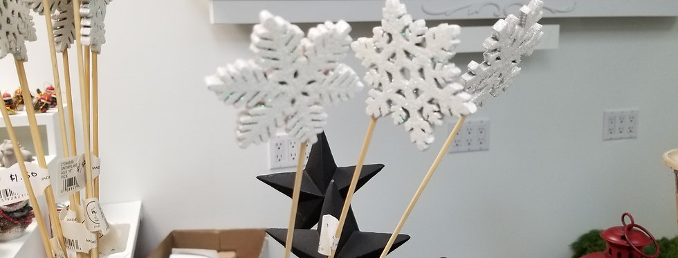 Laser Cut Snowflake Assorted (212485)