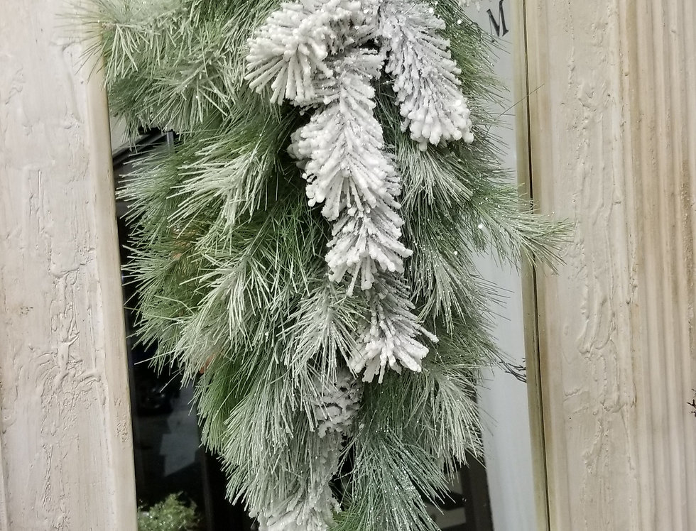 "Swag - Snowy Frosted Pine w/Pinecones - 28""  (81319)"
