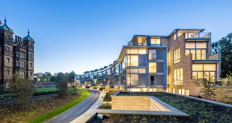 crescent-at-donaldsons-richard-murphy-designed-apartments-dusk-architectural-photography