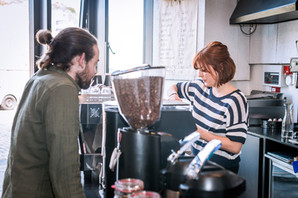 cafe-service-barista-commercial-photography
