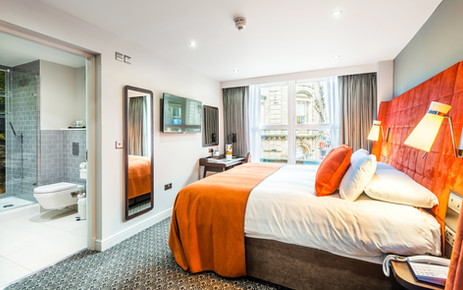 interior architectural photography of bedroom suite to Mercure Hotel in Leicester