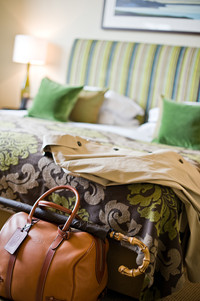 lifestyle photography of bed in hotel bedroom