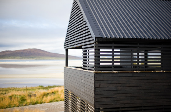 architectural-photography-black-timber-cladding-house-view