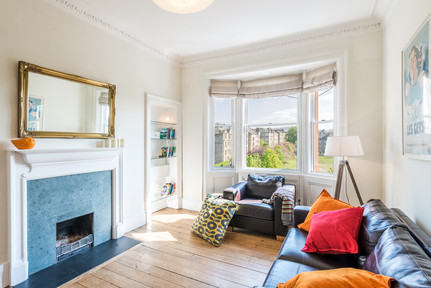 bright-refurbished-living-room-period-apartment