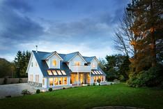 white-timber-house-dusk-photographer