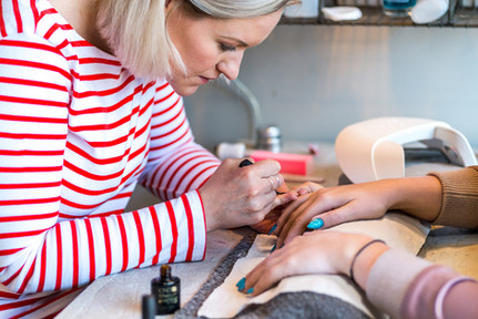 nail-technician-at-work-commercial-photographer-scotland