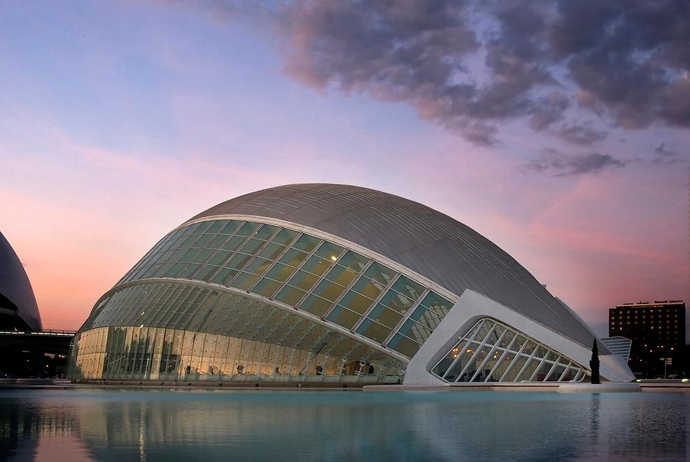 architectural-photography-calatrava-concrete-structure