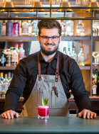 barman-red-cocktail-smile-commercial-photography