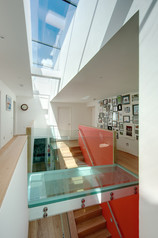 glass-bridge-lightwell-modern-house-interior-photographer