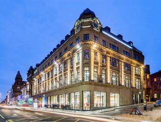 Apple-store-Edinburgh-dusk-photography-traffic-moving