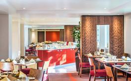 restaurant-food-servery-dining-area-interior-photography