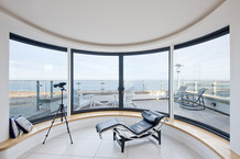 sea-view-from-house-chaise-longue-interior-photography