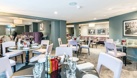 Mercure-hotel-leicester-restaurant-interior-photographer