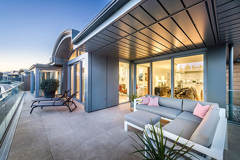 night-architecture-photography-penthouse-terrace
