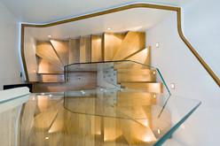 timber-stair-glass-balustrade-interiors-photographer