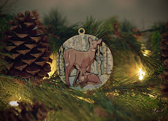 WS 3D Mama and Baby Deer Wooden Ornament