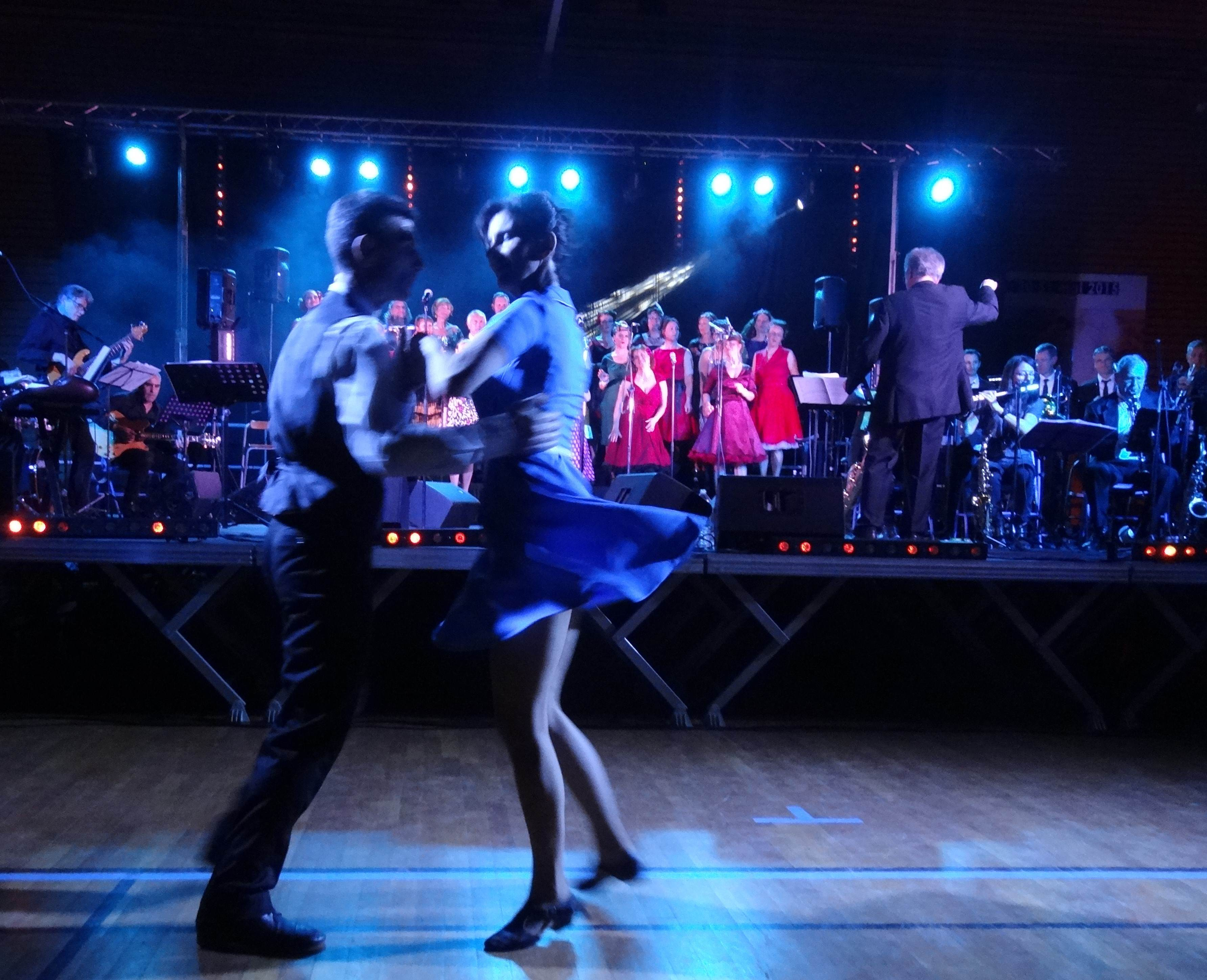 DSC09203 - let's swing - danse - balboa - lindy - concert - sinatra - WEB
