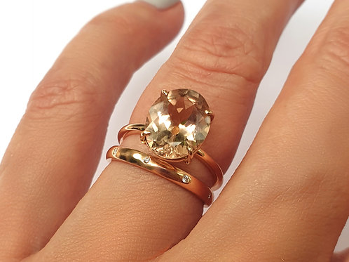 Oval Morganite Thin Lizzy Ring