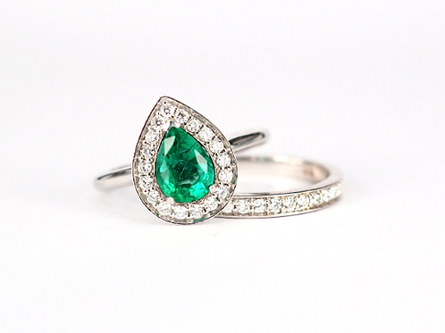 Pear Cut Emerald Engagement Ring Set with Diamond Halo