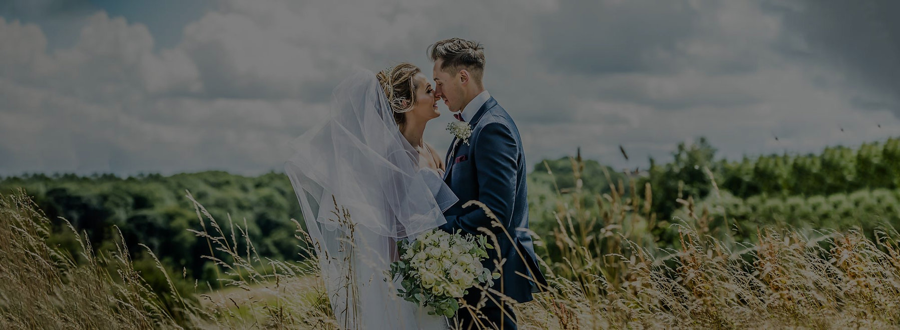 Wedding-Photographer-Wakeifield-crop_edi