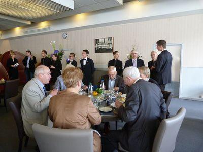a_table__andré_et_francois__et_service.jpg